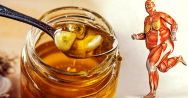 12 Things That Will Happen To Your Body If You Drink Honey Everyday